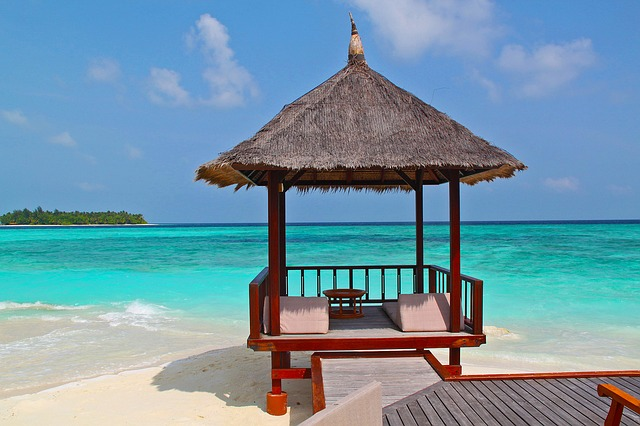 beach hut in maldives